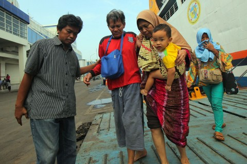 KM Gerbang Samudra I Terbakar, Tiga Orang Hilang