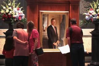 Peti Jenazah Bush Senior Akan Diterbangkan ke Washington