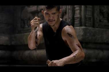Potongan aksi Iko Uwais dalam film laga Wu Assassins (Foto: via