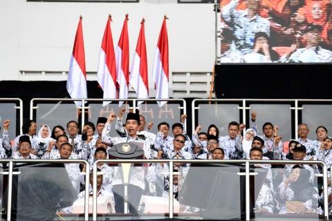 Jokowi dan PGRI Bahas Nasib Guru Honorer