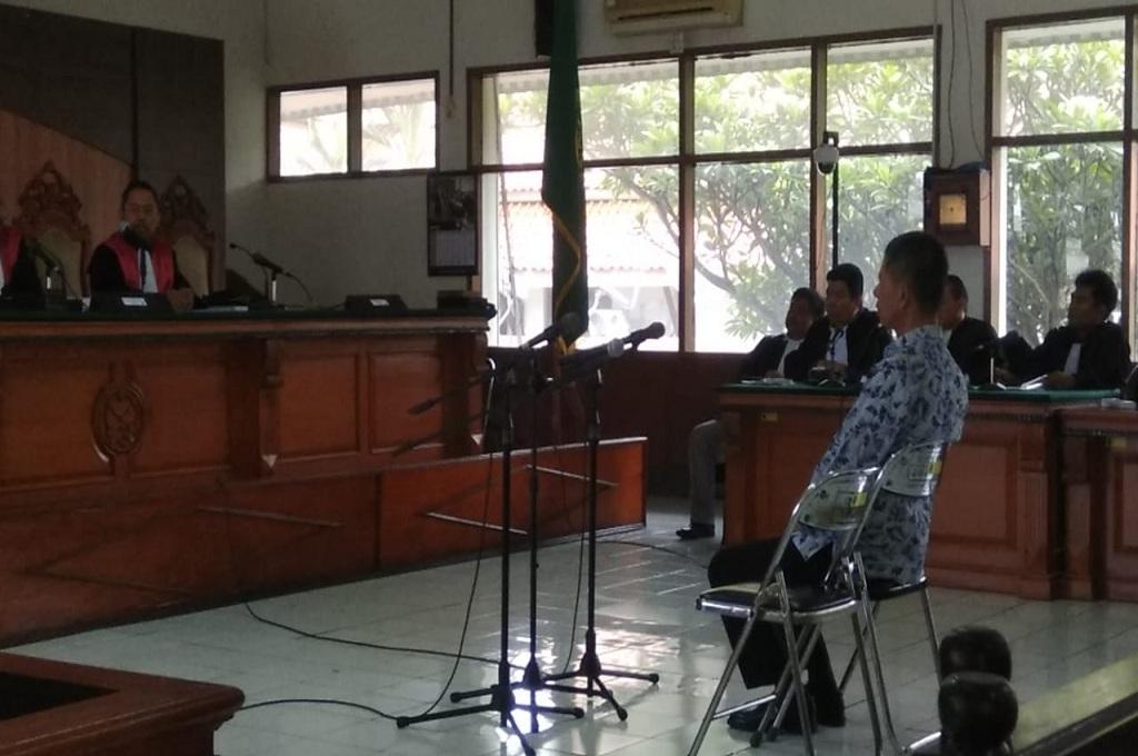 Mantan Kepala Lapas Sukamiskin Bandung, Wahid Husein menjalani sidang dakwaan di Pengadilan Tipikor Bandung, Rabu 5 November 2018, Medcom.id - Adita Prakasa