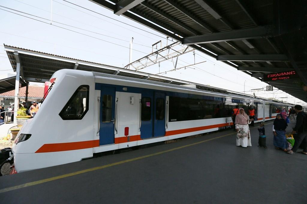 Kereta Bandara Soekarno-Hatta, salah satu moda transportasi yang mendukung angkutan untuk penumpang pesawat, MI - Ramdani