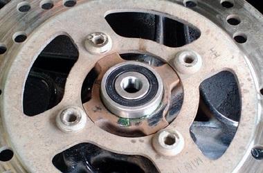 Debu dan air musuh utama bearing roda. Medcom.id/M. Bagus