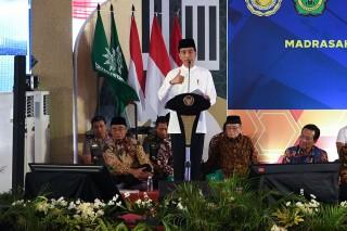 Jokowi Hadiri Milad 1 Abad Madrasah Muallimin