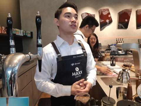 Nitro Coffee, Sensasi <i>Ngopi</i> dengan Citarasa Bir