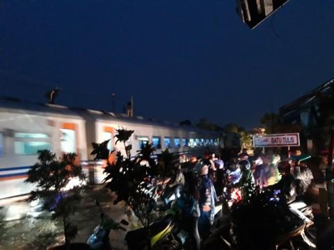 Ilustrasi Perjalanan kereta dari Stasiun Batu Tulis, Bogor.