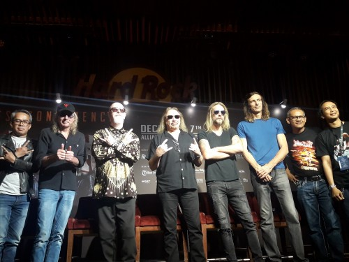 Piyu Padi (paling kanan) di jumpa pers jelang konser Judas