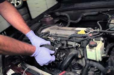 Tune up atau servis ringan sangat dianjurkan mencegah mobil