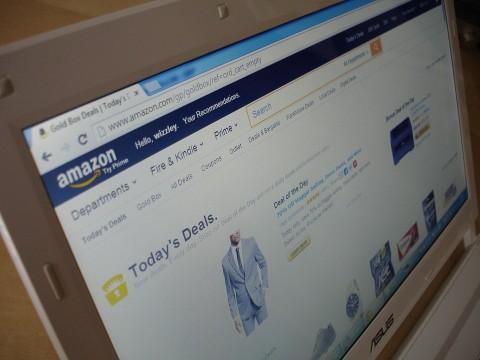 Karyawan Amazon Keracunan Gegara Robot