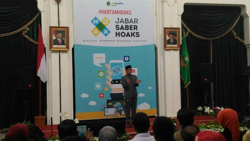 Gubernur Jawa Barat Ridwan Kamil saat memberikan sambutan di acara Launching Tim Jabar Saber Hoaks di Gedung Sate, Kota Bandung, Jumat 7 Desember 2018.
