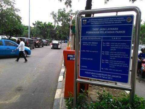 DKI Masih Mengkaji Penaikan Tarif Parkir