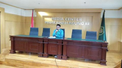 Hakim PN Semarang Diberhentikan Sementara