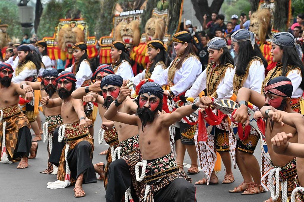 Pawai Budaya Meriahkan Puncak Kongres Kebudayaan Indonesia