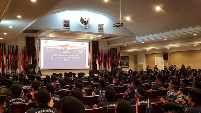 Suasana pelatihan kepada para anggota Komando Strategis NasDem (Kostranas) di ABN NasDem, Jakarta, Minggu, 9 Desember 2018. Foto: Damar Iradat/Medcom.id