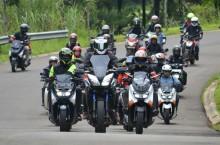Touring Seru Pewarta Otomotif Jelang Akhir Tahun