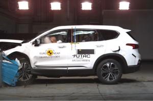 All New Hyundai Santa Fe Mobil Teraman Versi Euro NCAP
