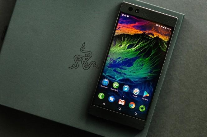 Razer menggulirkan update untuk Razer Phone 2 berbekal peningkatan untuk kamera dan audio.