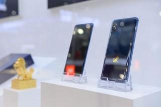 Xiaomi Pamerkan Varian Mi Mix 3 5G