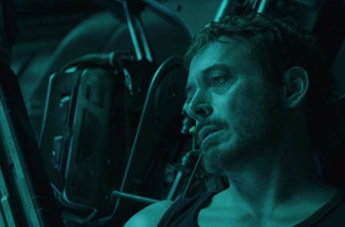Tony Stark dalam video cuplikan Avengers: Endgame.