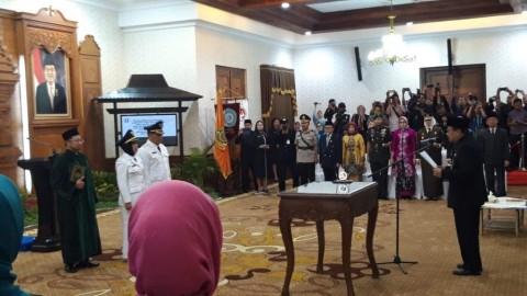 Soekarwo Lantik Wali Kota dan Wakil Wali Kota Mojokerto