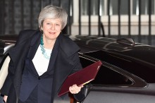 PM Inggris Tunda Voting Brexit