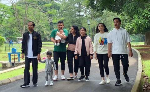 Jokowi bersama keluarga. (Foto: Setpres)