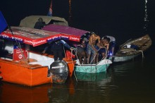 Sebuah Perahu di India Terbalik, Tiga Penumpang Tewas