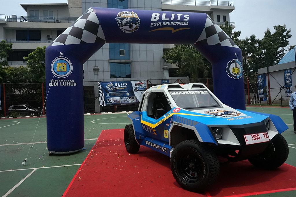 Blits merupakan  mobil listrik hasil kolaborasi Universitas Budi Luhur dan ITS. Medcom.id/Ekawan Raharja