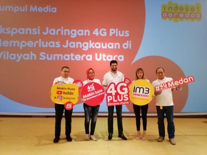 Pengumuman tentang perluasan jaringan 4G Plus ke Medan. (Medcom.id)
