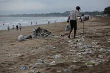 Reduksi Sampah Plastik Perlu Pengetatan Aturan