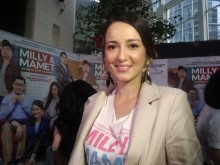 Julie Estelle Dikontrak Agensi Hollywood