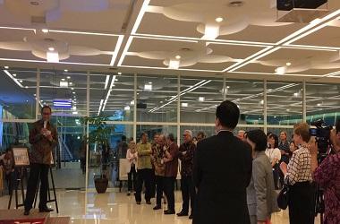 Jose Tavares (kiri) di Kementerian Luar Negeri RI di Jakarta,