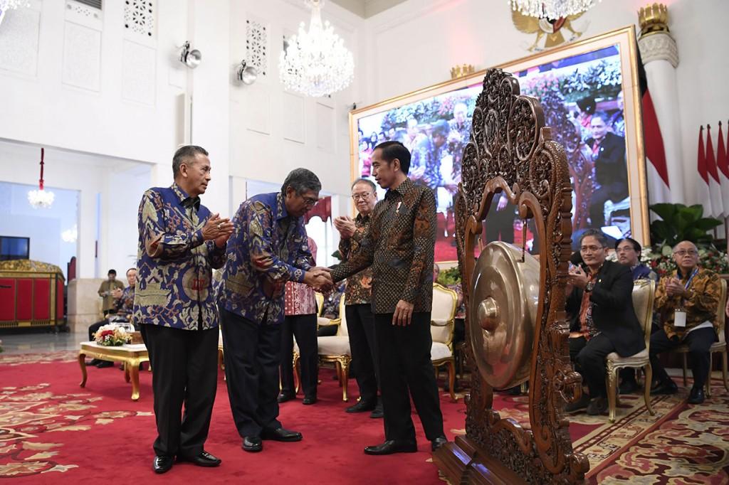 Jokowi Dukung IAI Percepat Program Sertifikasi Profesi Akuntan