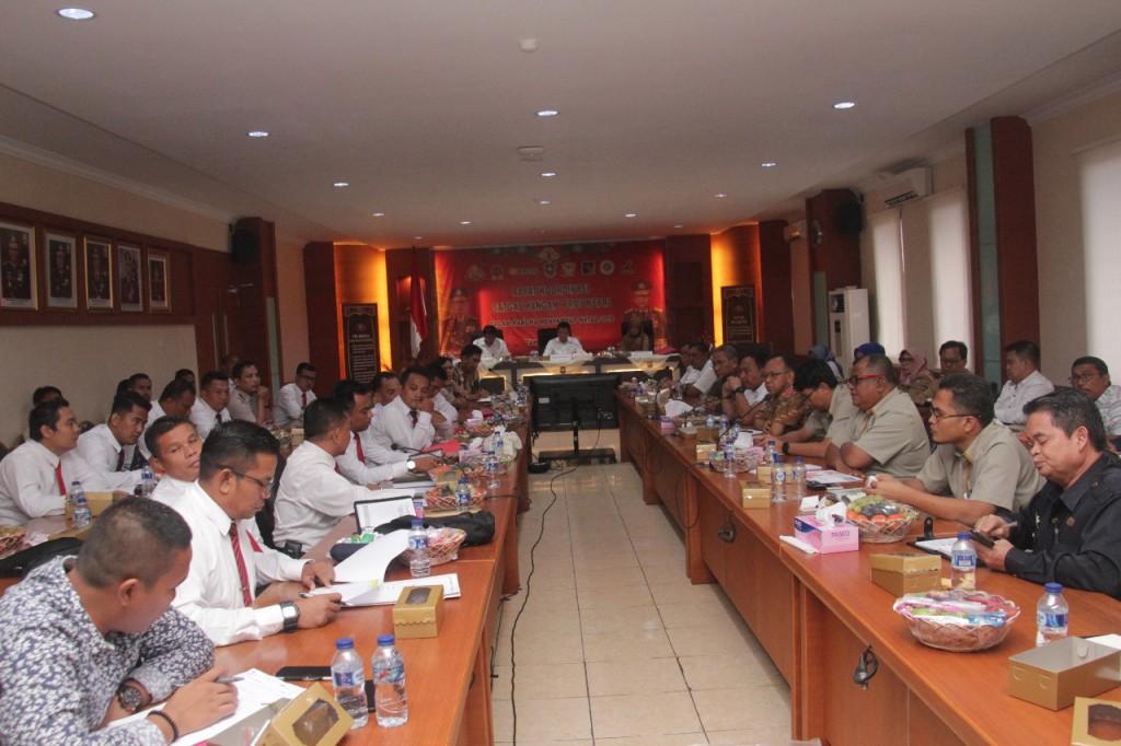 Rapat koordinasi Satgas Pangan Provinsi Kepri di Rupatama Polda Kepri, Selasa, 11 Desember 2018. Medcom.id/Anwar Sadat Guna