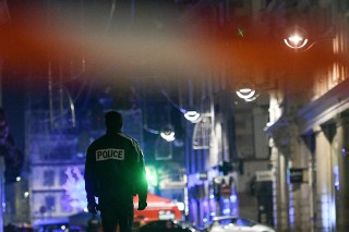 Dua Orang Tewas dalam Penembakan di Prancis