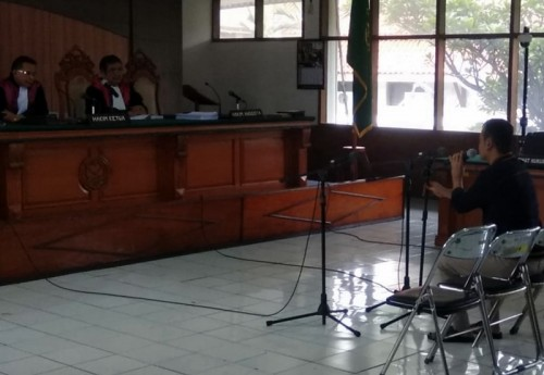 Terdakwa suap Fahmi Darmawansyah menjalani sidang dakwaan di