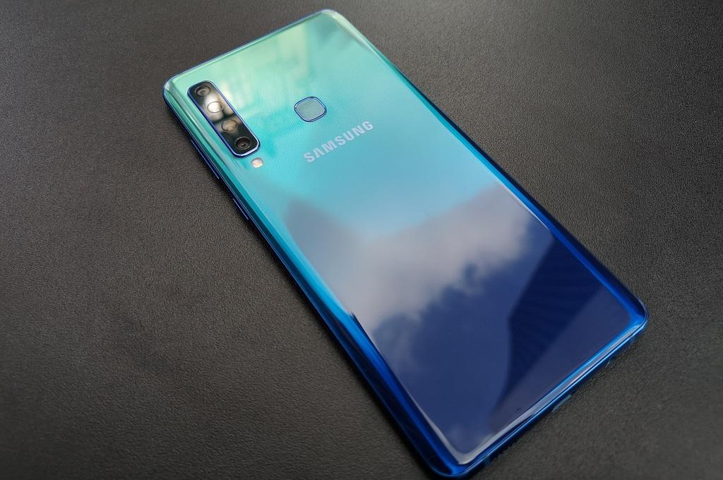 Samsung Galaxy A9 (2018).