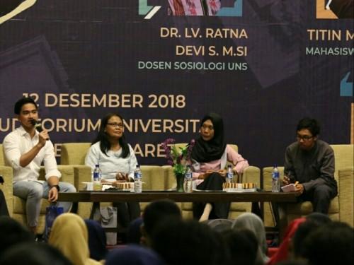 Kaesang Pangarep (paling kiri) dalam acara Seminar Nasional dan