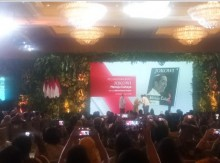 Presiden Hadiri <i>Launching</i> 'Jokowi Menuju Cahaya'