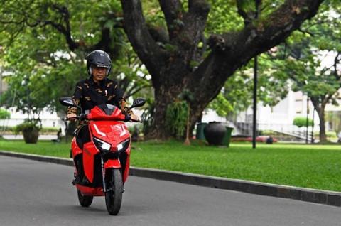 Indonesia Berbenah Hadapi Era Mobil dan Motor Listrik