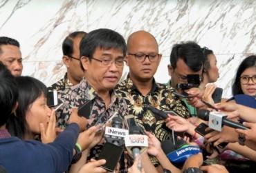 OJK Intip Data Korban <i>Fintech</i> di LBH Jakarta
