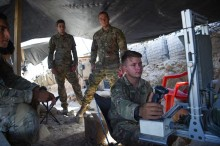 Pemerintah AS Desak Perekrutan Militer Transgender Dihentikan