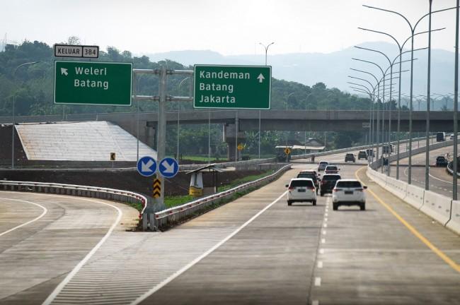 Batang-Semarang Toll Road (Photo:Antara/Zabur Karuru)