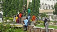 Dianggap Rasis, Universitas Ghana Copot Patung Mahatma Gandhi
