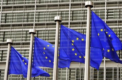 Bank Sentral Eropa Terjebak di Risiko Ekonomi