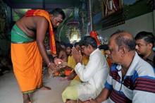 Makan Nasi dari Kuil, 11 Orang Tewas