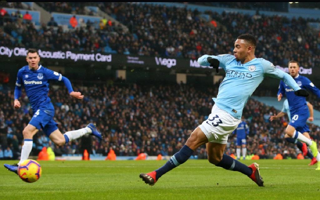 Proses gol Manchester City yang dicetak Gabriel Jesus ke gawang Everton (Twitter/Premier League)