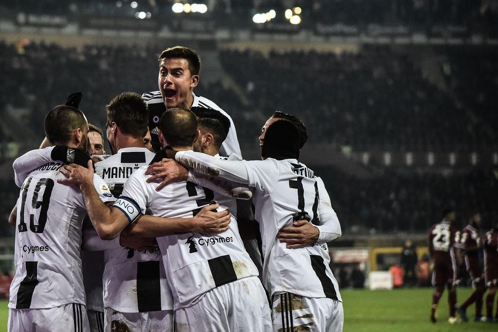 Pemain Juventus merayakan gol yang dicetak Cristiano Ronaldo dalam Derby della Mole (AFP/Marco Bertorello)
