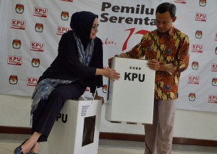 PSI Pertanyakan Partai yang Ributkan Kotak Suara Karton
