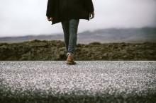 Tips Menurunkan Berat Badan Hanya dengan Berjalan Kaki